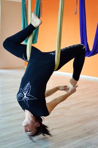 Spine decompression with antigravity